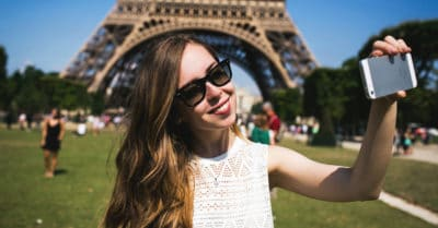 5 Ways The Law Of Attraction Helps Long-Distance Relationships