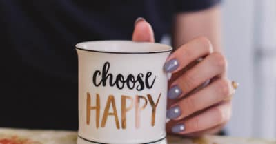 How To Be Optimistic: 15 Positive Thinking Exercises